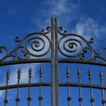 gate_ornaments